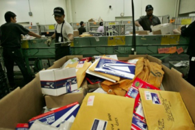 Contract Expires for 200K Postal Workers, Negotiations Extended a Month